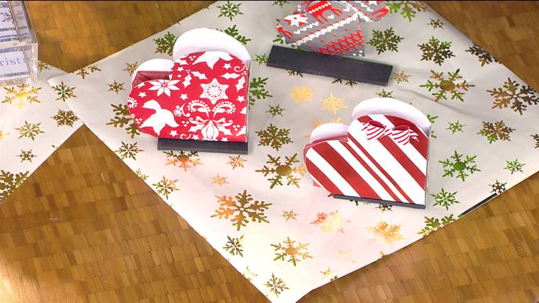 Christmas Wrapping Paper Won T Go To Waste With These Tips