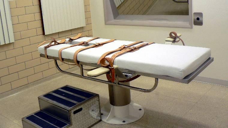 Missouri Killer Cecil Clayton Fights to Halt Execution Over Brain Damage