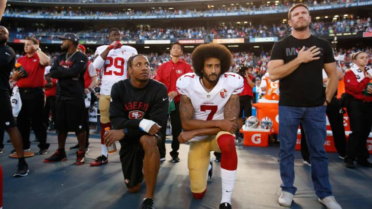 769a38dbc3e Colin Kaepernick National Anthem Protest Catches On in NFL