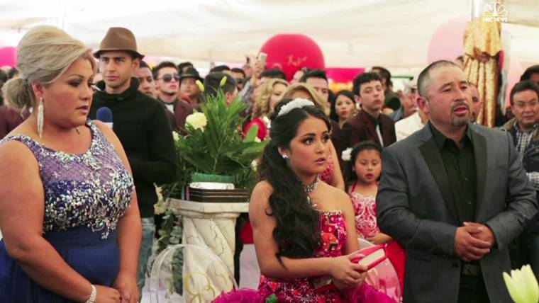e5eff20aa3c Thousands Attend Mexican Girl s 15th Birthday Party After Invite Goes Viral