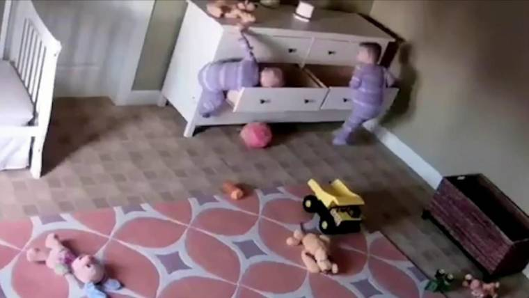 Caught On Camera Dresser Falls Twin Boys One Toddler Saves The Other
