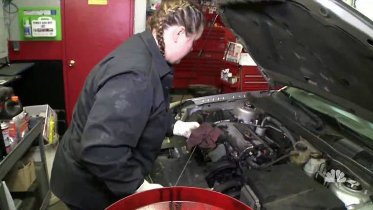 How an all female pennsylvania car repair shop is defying gender nightly news solutioingenieria Gallery