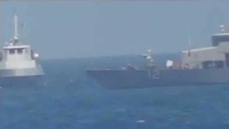 U.S. Navy Fires Warning Flares After Iran's Ships Come at 'High Rate of Speed'