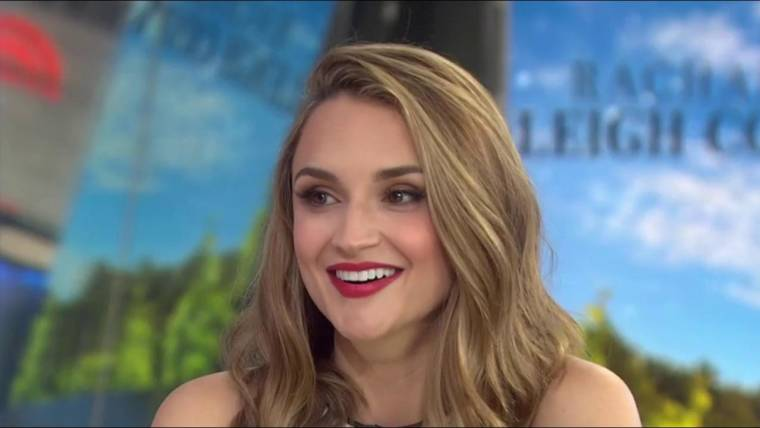 rachael leigh cook on summer in the vineyard and she s all that