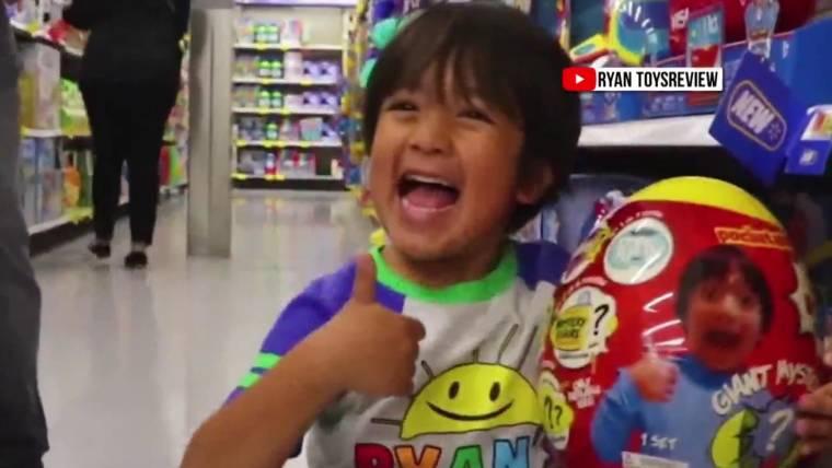 Walmart Toys 5 Years Old : Walmart turns to year old youtube millionaire