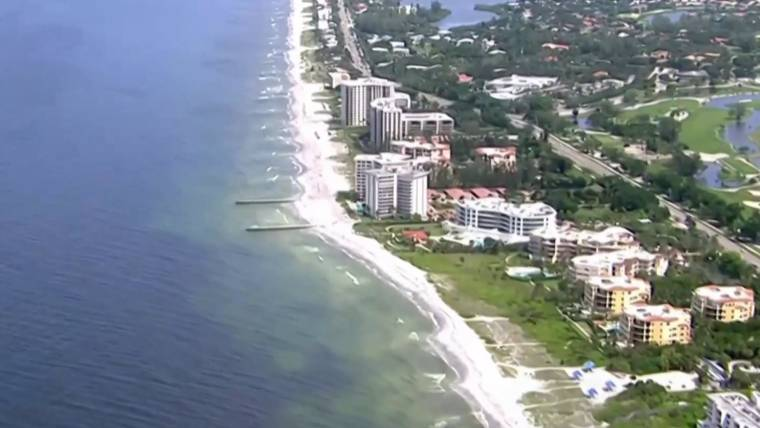 toxic red tide florida researchers investigate what s making it so