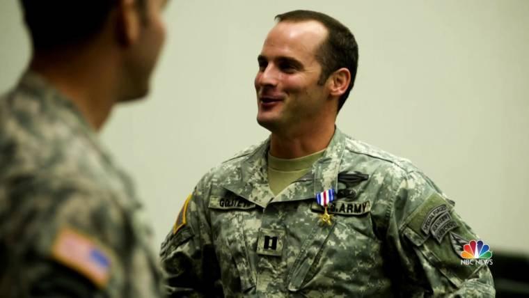 Trump dismisses murder charge against Green Beret, pardons ...