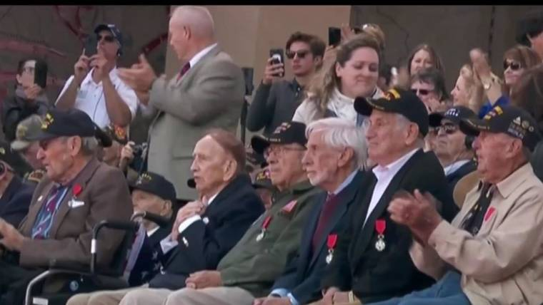 01f01a58f3a6 Last few remaining U.S. veterans thanked on 75th anniversary of D-Day