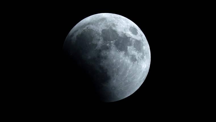 Índia tenta pouso na lua. Veja como assistir online