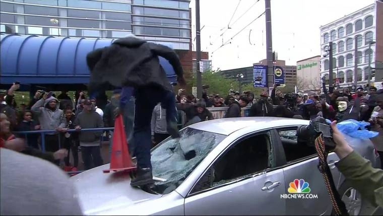 Mourners Remember Freddie Gray After Night of Massive Protest