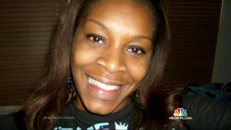 Mourners Attend Illinois Funeral for Sandra Bland Who Died in Texas Jail