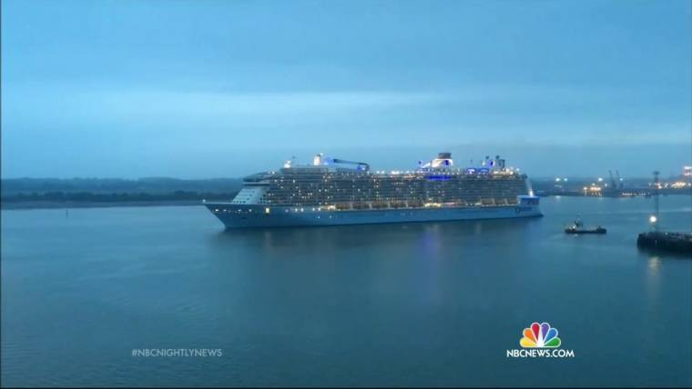 Cruise Ship Returning To US Port After Hitting 30 Foot Waves