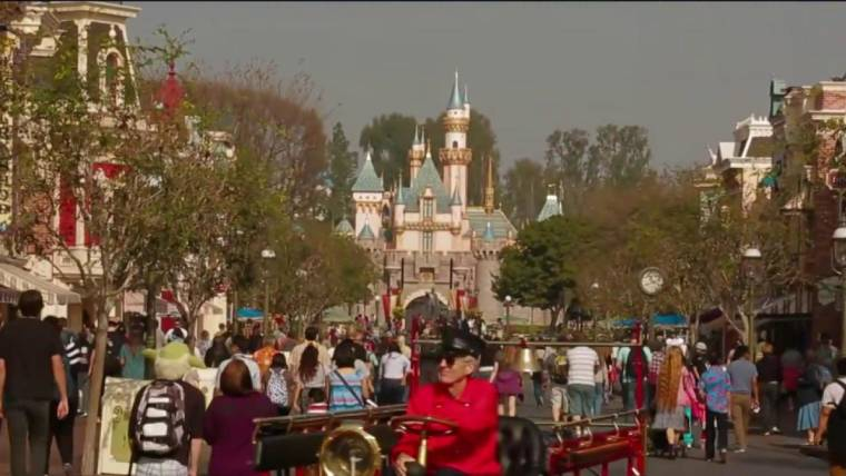 Going to Disney? Here's How to Handle the Parks' New Pricing