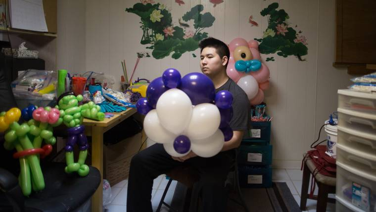 Fascination with balloon art grows into an 'Ausome' opportunity