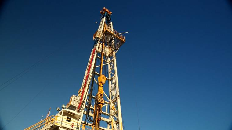 Fracking: environmental groups sue EPA in call for strict ...