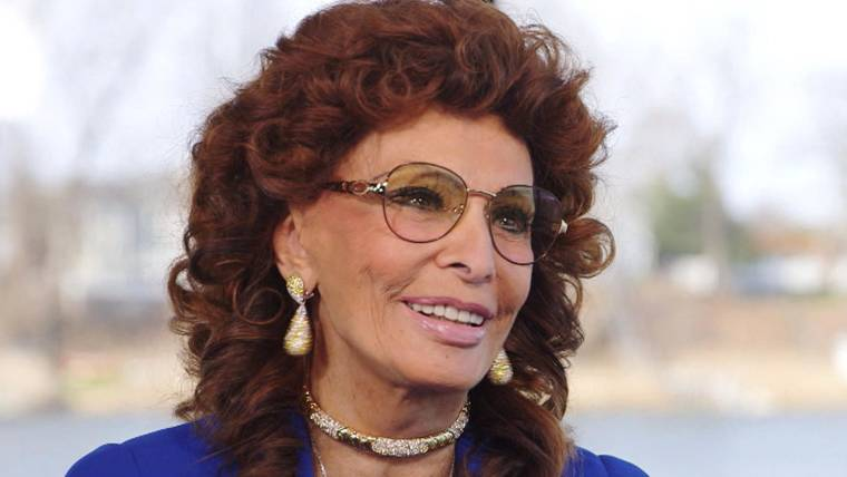 sophia loren talks beauty happiness and new touring act