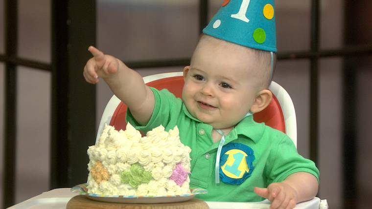 Oh Baby Cakes See The Smash Trend Taking 1 Year Old Parties By
