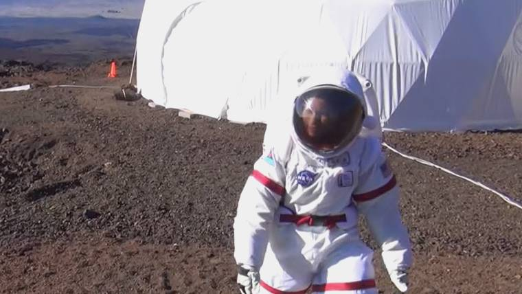 Home-Cooked Meals, Comfy Chairs and Netflix on Mars? It Could Happen