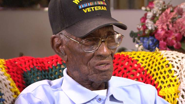 America's Oldest Veteran Richard Overton Celebrates 110th ...