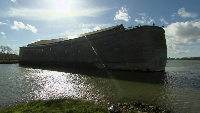 Life-size Noah's Ark replica draws tourists in Netherlands