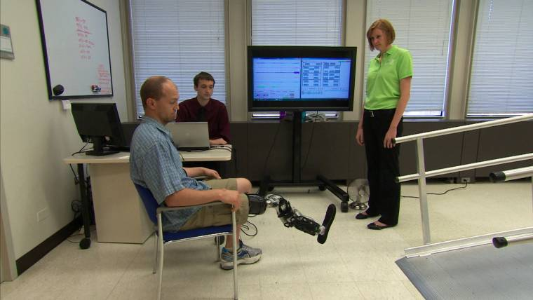 First mind-controlled bionic leg a 'groundbreaking' advance