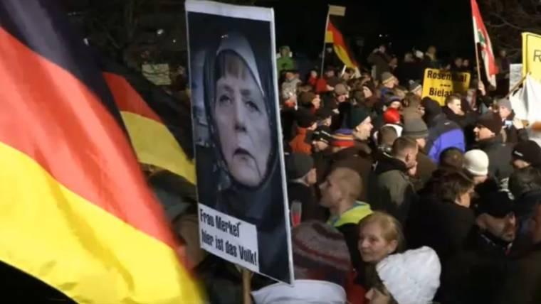 German Cops Raid Apartments Linked to Self-Proclaimed 'Emir'
